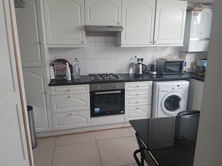 Double bedroom for two guests at West norwood, London near lower sydenham.