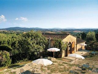 2 bedroom Apartment in Talciona, Tuscany, Italy : ref 5655402