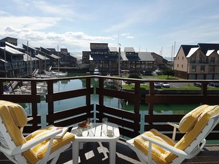 2 bedroom Apartment in Trouville-sur-Mer, Normandy, France : ref 5032444