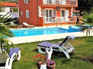 Luxury Villa Poquito with pool