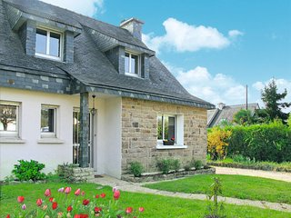 3 bedroom Villa in Saint-Gildas-de-Rhuys, Brittany, France : ref 5650152
