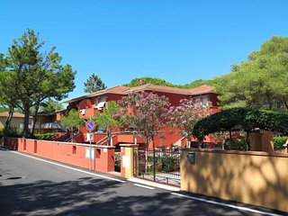 1 bedroom Apartment in Marina di Bibbona, Tuscany, Italy : ref 5642694