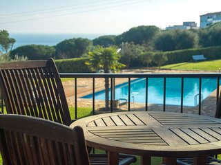 Calella de Palafrugell Apartment Sleeps 4 with Pool - 5503396