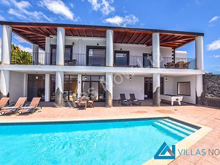 Villa Vista Laderas, 4 Bedrooms, 3 Bathrooms, Pool, WiFi, A/C & Pool Table