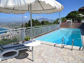 Villa Belvedere con piscina