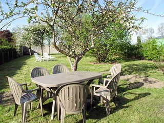 Commes Holiday Home Sleeps 4 with Free WiFi - 5650506