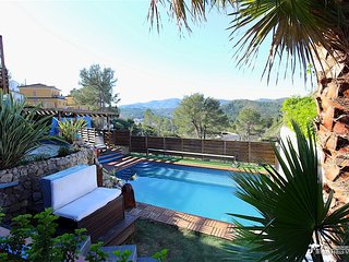 Villa Charma with heated pool