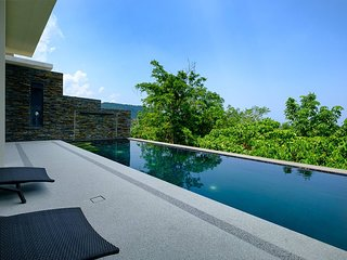 Exclusive 2br Pool Villa 2 min drive to Naithon Beach