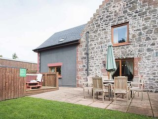 The Granary with Hot Tub