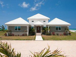 Pelican Beach 'BEACHFRONT' Villa 2