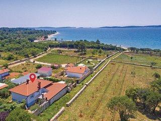 5 bedroom Villa in Peroj, Istarska Županija, Croatia - 5564310
