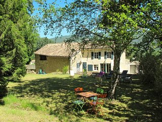 4 bedroom Villa in Le Poet-Laval, Auvergne-Rhone-Alpes, France : ref 5650314