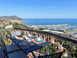 3 bedroom Apartment in Porto Maurizio, Liguria, Italy : ref 5680857