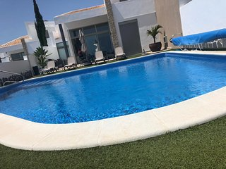 Villa Porsche - Luxury villa in Exclusive Golf Club in Adeje - Heated pool