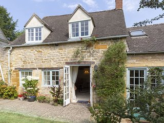 Pilgrim Cottage, Bourton-on-the-Hill, Cotswolds - Sleeps 8, Bourton-on-the-Hill,