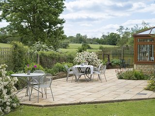 Kingfisher, Disabled Friendly, Winchcombe, Cotswolds - Sleeps 10, Winchcombe, Co