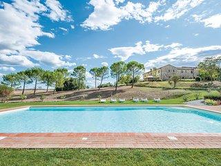 2 bedroom Apartment in Asciano, Tuscany, Italy : ref 5542566