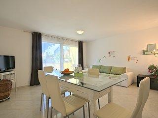 2 bedroom Villa in Umag, Istarska Županija, Croatia : ref 5426448