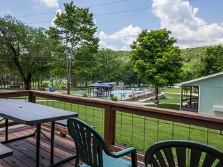 Driftwater Resort (Cabin#11) on Lake Taneycomo