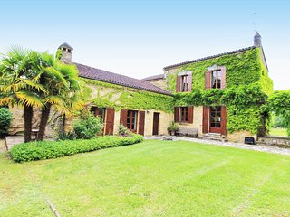 CAUSSE: ***NEW*** MAGNIFICIENT STONE PROPERTY WITH PRIVATE POOL & MATURE GARDEN
