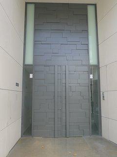 Puerta de entrada Velazquez 160