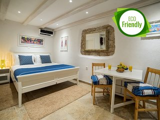 Cosy studio in the center of Dubrovnik with Internet, Washing machine, Air condi