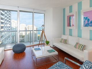 OCEAN VIEWS FROM BOUTIQUE ICON BRICKELL APARTMENT.