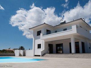 Villa Grecian 2 Platinum