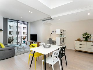 NEWT3 - Great One Bed Apartment,Private Roof Top Terrace & Parking