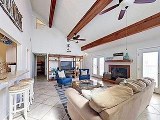 Steps to Secluded Beaches! Lost Colony 3BR w/ Big Deck, Pool & Gulf Views