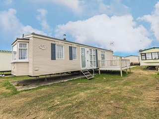 4 berth caravan with D/G and C/H at St Osyth Holiday Park.*Pets allowed. 28003GC