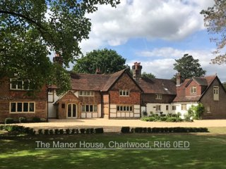 Luxurious guest suite & kitchen in Tudor Manor House