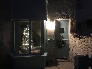 Schooner Cottage - At Christmas
