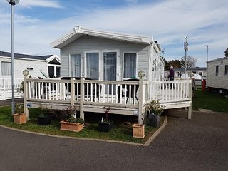 Sandy Lodge, Naze Marine Holiday Park