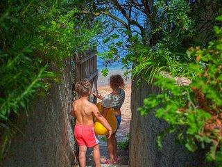 Porticcio Villa 12 personnes, piscine, vue mer, acces prive plage