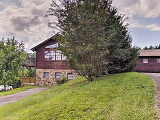NEW! Sevierville Log Cabin w/Hot Tub & Game Room!