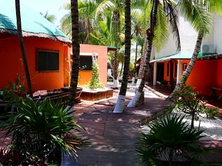 Private Beachfront Villas - Diving Lodge Norte