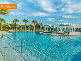 ⭐Magnificent Villa+Elegant Retreat Oasis+Private Pool+Ace Location+Waterslides⭐