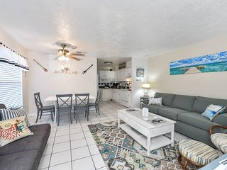 Beautiful 2 Bedroom / 2 Bath Condo Steps From Beach with Pool Access!!!-LJ #3