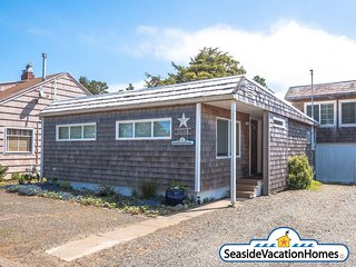 1741  Beach Drive- SEA YA SOON:  Near Ocean- 400ft To Beach + Pet Friendly