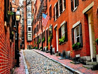 Beacon Hill Brownstone - 2 br condo on Beacon Hill
