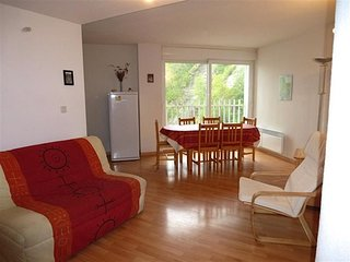 APPARTEMENT LUMINEUX AVEC 2 CHAMBRES