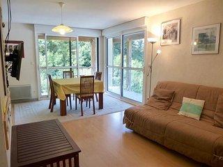Appartement lumineux avec fenêtres double aspect, 2 balcons et parking couvert