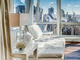 Midtown Jewel Ruby, 2 BR Apartment Near Empire State Building