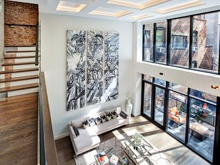 Midtown West 5 Bedroom townhouse in Hells Kitchen