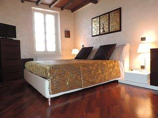 Feeling at home Varese - Prestigioso appartamento a 500 mt dal centro storico;
