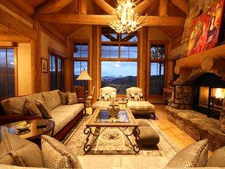 7 bedroom luxury vacation home rental