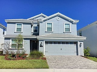 CRESCENT VALLEY: Pool home near Disney in Luxury Resort Community