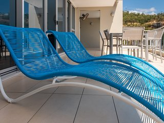Coral View at Azure Sea - Airlie Beach 2 bedroom