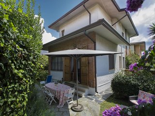 3 bedroom Apartment in Forte dei Marmi, Tuscany, Italy : ref 5680763